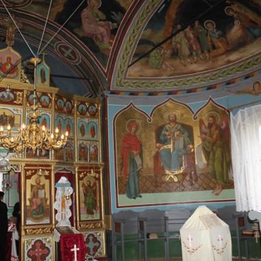 Interiorul Bisericii din Sășcioara